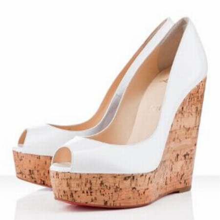 Chaussures escarpins pour homme escarpins femme bout for Hotel vraiment pas cher